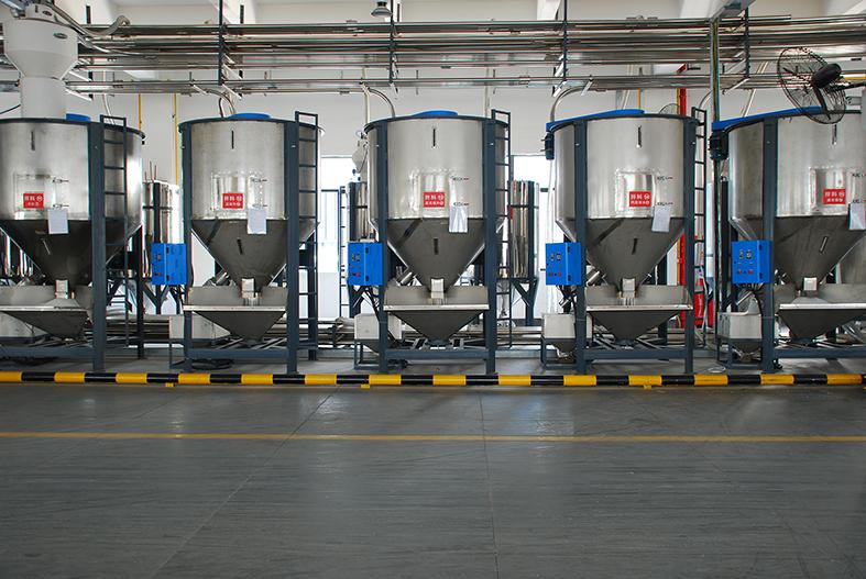 Proyecto de sistema de alimentación central de pellets